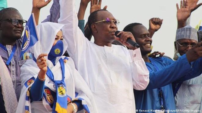 Tổng thống Chad tử nạn do đụng độ với phiến quân ảnh 1