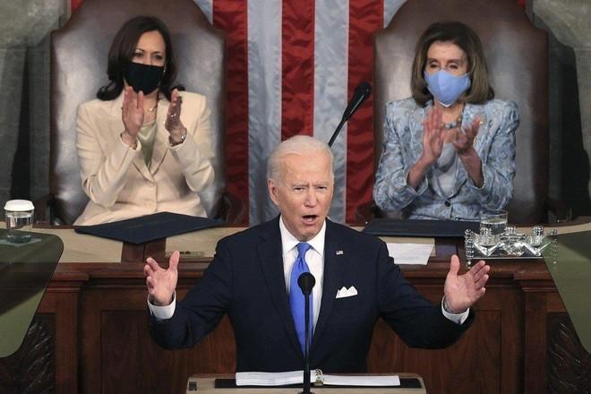 Tổng thống Mỹ Joe Biden có bài phát biểu đầu tiên trước lưỡng viện ảnh 1