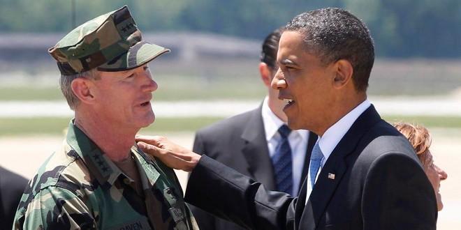 Món quà ông Obama tặng chỉ huy biệt kích tiêu diệt trùm khủng bố bin Laden ảnh 1