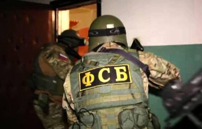 Một đối tượng thừa nhận dọa đánh bom trường học ở Crimea ảnh 1