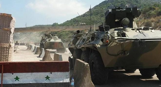 Các nhóm khủng bố chuyển xe bọc thép đến Idlib của Syria ảnh 1