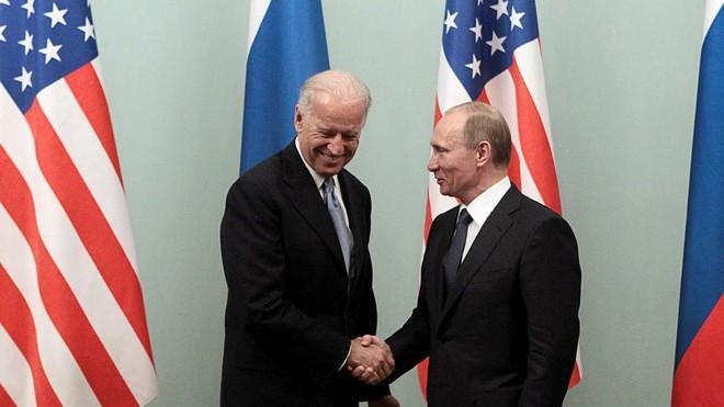Tổng thống Nga Putin: Tổng thống Biden điềm tĩnh hơn ông Trump ảnh 1