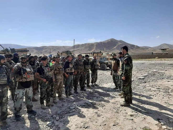 Tajikistan tăng cường biên giới khi lính Afghanistan trốn chạy Taliban ảnh 1