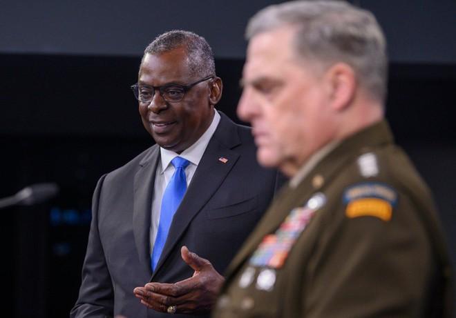 Bộ trưởng Quốc phòng Mỹ họp báo trước khi công du Đông Nam Á ảnh 1