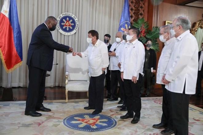 Tổng thống Philippines khôi phục thỏa thuận quân sự quan trọng với Mỹ ảnh 2