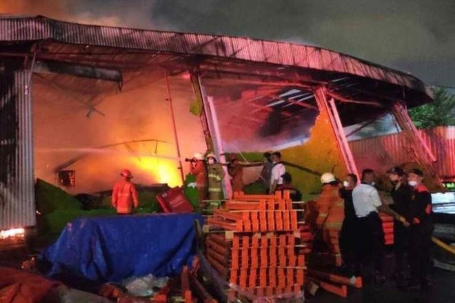 Hỏa hoạn bùng phát trong đêm tại nhà tù Indonesia, 41 người thiệt mạng ảnh 1