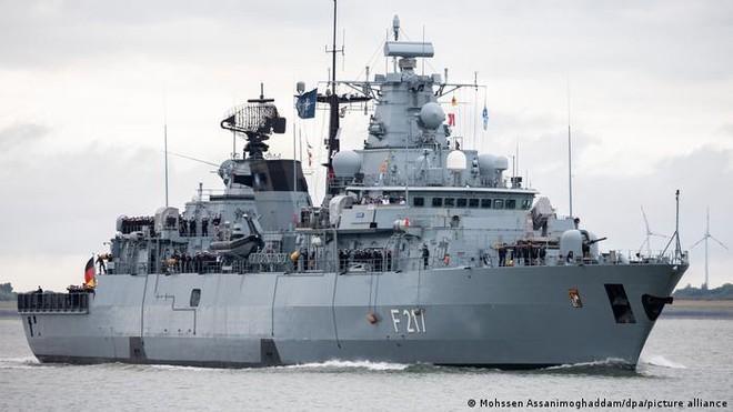Trung Quốc từ chối cho phép tàu chiến Đức ghé cảng Thượng Hải ảnh 1