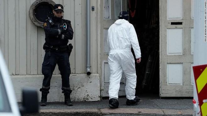 'Sát thủ cung tên' ở Na Uy đã cải sang đạo Hồi và bị tình nghi là cực đoan hóa ảnh 1