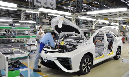 Bộ Tài chính bác đề xuất giảm 50% lệ phí trước bạ với ô tô đăng ký mới ảnh 1