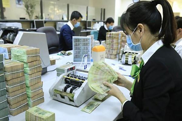 Gửi tiết kiệm ngân hàng: Lãi suất kỳ hạn 1 tháng xuống đến 2,65%/năm ảnh 1