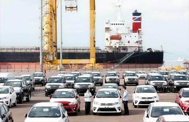 Có thể bãi bỏ thủ tục xác nhận tờ khai nguồn gốc xe nhập khẩu từ 1/1/2021 ảnh 1