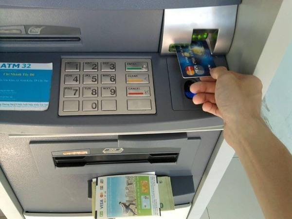 Ngân hàng phải đảm bảo hệ thống ATM hoạt động an toàn, thông suốt dịp cuối năm ảnh 1