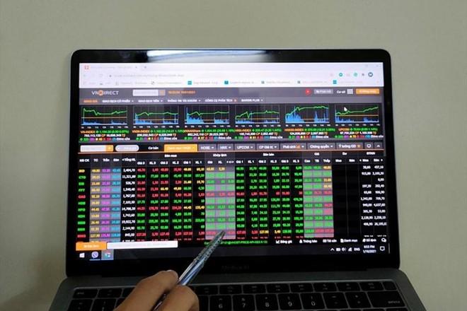 """Bất chấp thị trường chứng khoán """"bùng nổ"""", nhiều nhà đầu tư vẫn lỗ nặng, vì sao? ảnh 1"""