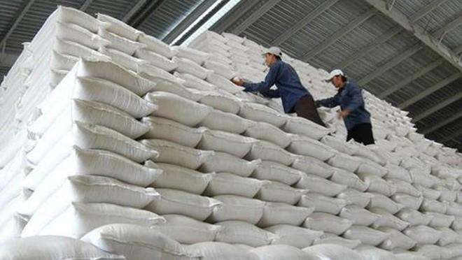 Bộ Tài chính chào thầu hơn 75.000 tấn gạo dự trữ quốc gia hỗ trợ người khó khăn do Covid-19 ảnh 1