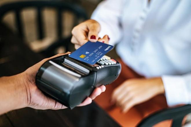 Napas hỗ trợ các ngân hàng chuyển đổi thẻ chip nội địa năm 2021 ảnh 1