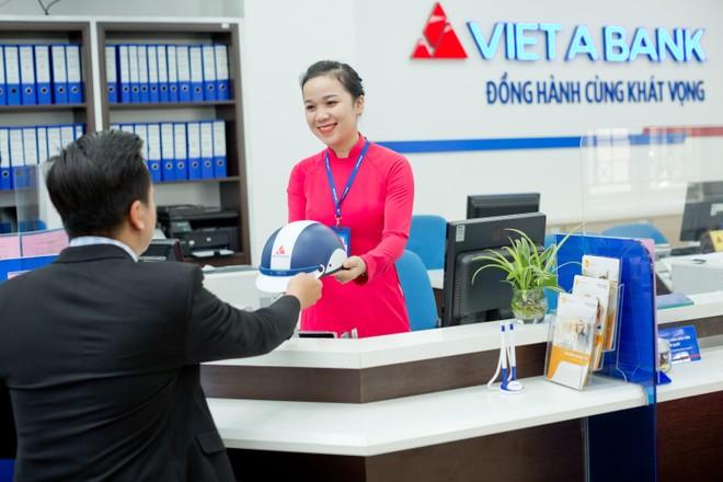 Ngân hàng Việt Á đón nhận 3 giải thưởng quốc tế uy tín ảnh 1