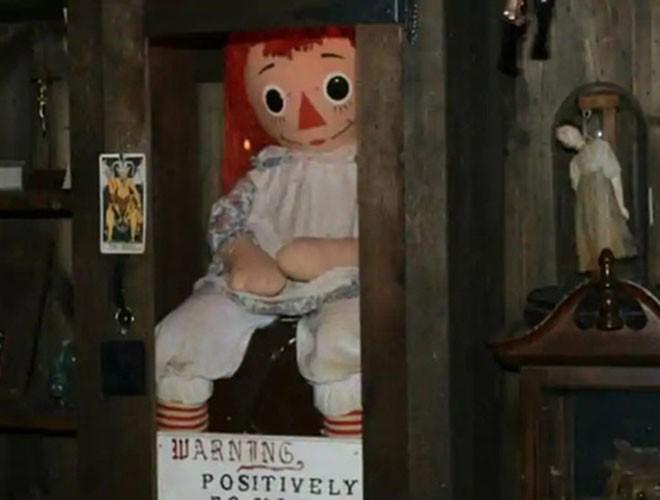 """[ẢNH] Bí ẩn những con búp bê """"ma quái"""" nổi tiếng nhất thế giới ảnh 1"""