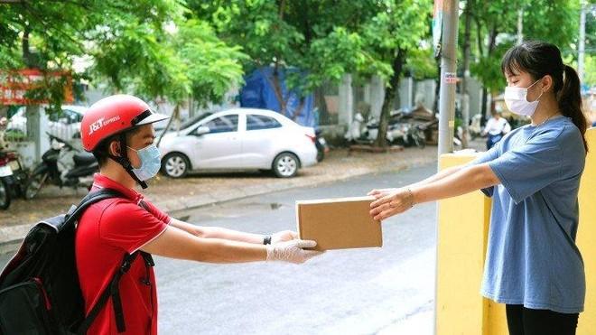 Xu thế hợp tác giữa vận chuyển hàng hóa với sàn thương mại điện tử quốc tế ảnh 1