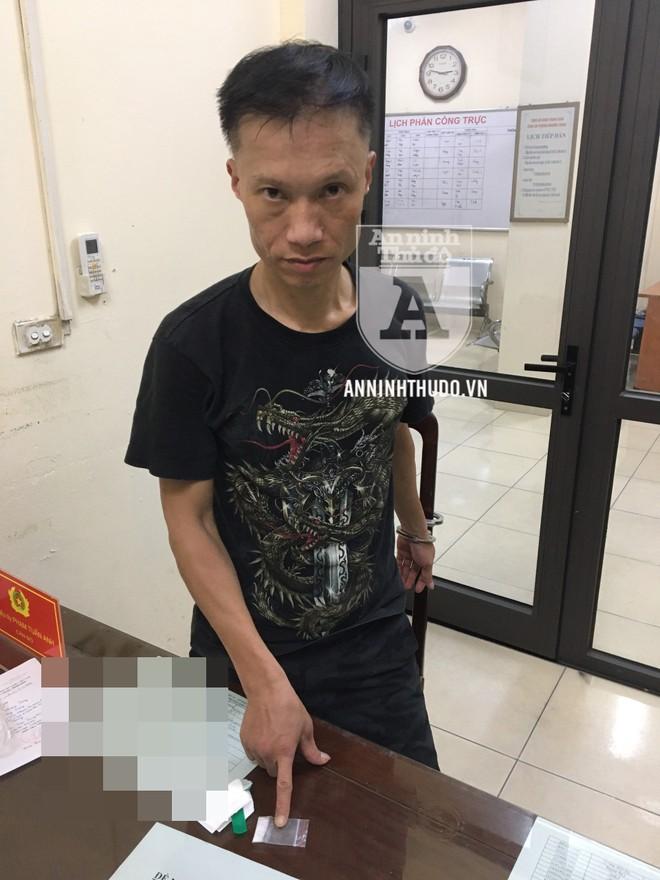 [CLIP] Cảnh sát Cơ động Đặc nhiệm Hà Nội 'khuất phục' đối tượng ngoan cố ảnh 1