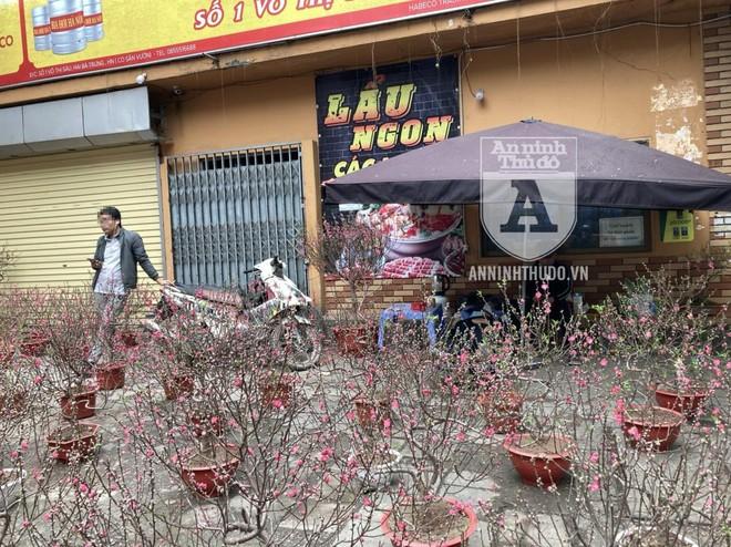 Quận Hai Bà Trưng (Hà Nội): Xử phạt hàng chục trường hợp không đeo khẩu trang nơi công cộng ảnh 1