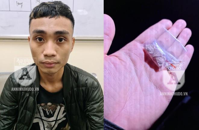 """[CLIP] Bị CSCĐ phát hiện gói ma túy, nam thanh niên đổ cho... """"khách ship"""" ảnh 1"""