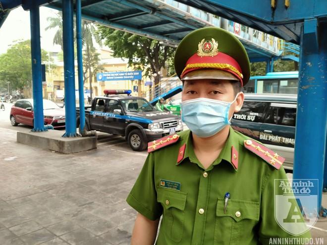 Công an quận Hai Bà Trưng (Hà Nội) ra quân đảm bảo ATGT, TTĐT ảnh 8
