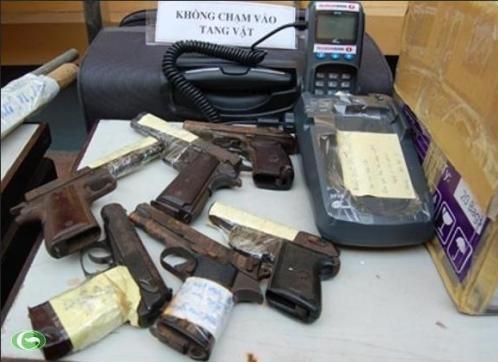 """""""Cất lưới"""" 3 vụ tàng trữ súng, ma túy trên 1 cung đường ảnh 1"""