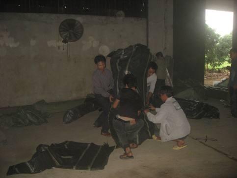 Đột kích tổng kho vải Trung Quốc giữa chợ Ninh Hiệp ảnh 5