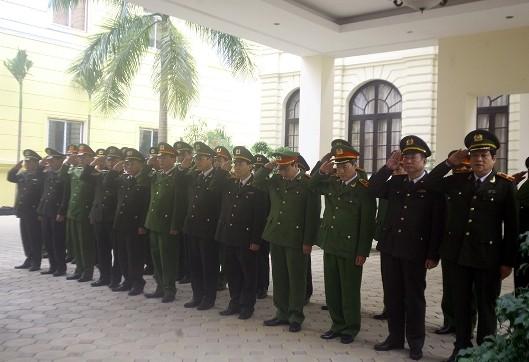 Giám đốc CATP Hà Nội thăm, kiểm tra công tác bảo vệ Tết tại công an cơ sở ảnh 4