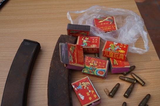 """""""Ngày hội"""" thu hồi vũ khí, vật liệu nổ, công cụ hỗ trợ ảnh 6"""