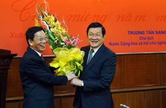 Chủ tịch nước Trương Tấn Sang thăm, chúc Tết Công an Hà Nội ảnh 7