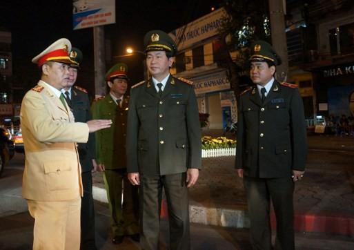 Đảm bảo an ninh, an toàn tuyệt đối để nhân dân Thủ đô vui Xuân, đón Tết ảnh 4
