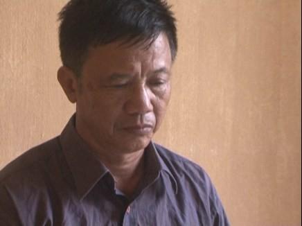 Bắc Giang: Triệt phá đường dây làm giả giấy tờ, thu 2 khẩu súng ảnh 1