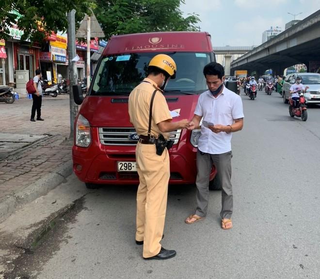 """Hà Nội: Một cung đường 'nóng"""", trên 1.500 xe khách bị xử lý ảnh 3"""
