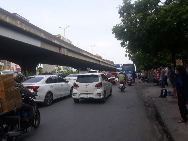 """Hà Nội: Một cung đường 'nóng"""", trên 1.500 xe khách bị xử lý ảnh 1"""