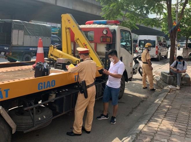 """Hà Nội: Một cung đường 'nóng"""", trên 1.500 xe khách bị xử lý ảnh 2"""