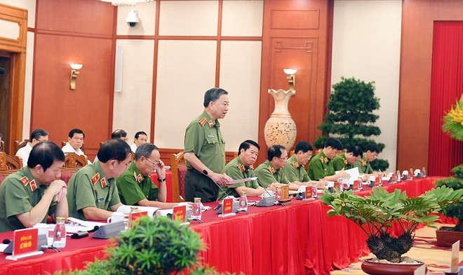 Tập thể Bộ Chính trị làm việc với Ban Thường vụ Đảng ủy Công an Trung ương ảnh 3