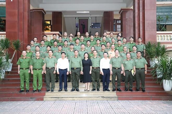 Thứ trưởng Lê Tấn Tới làm việc với Công an tỉnh Bắc Giang ảnh 2