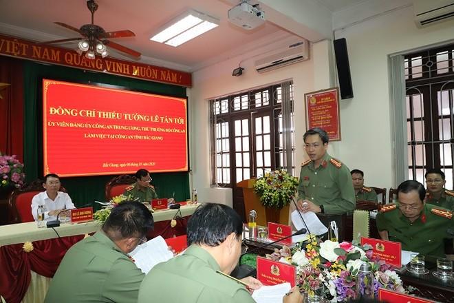Thứ trưởng Lê Tấn Tới làm việc với Công an tỉnh Bắc Giang ảnh 1