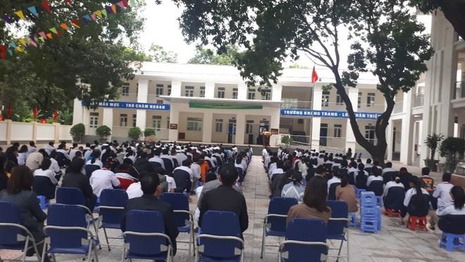 Huyện Gia Lâm (Hà Nội): Trưởng Công an xã tuyên truyền, hướng dẫn kỹ năng đảm bảo an ninh học đường ảnh 4
