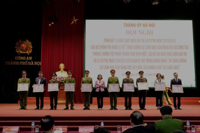 Công tác đấu tranh, phòng chống tội phạm của Hà Nội vượt chỉ tiêu Nghị quyết Quốc hội đề ra ảnh 4