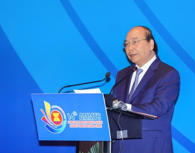 Việt Nam nỗ lực hết mình cùng các nước thành viên xây dựng Cộng đồng ASEAN hòa bình, ổn định và phát triển ảnh 1