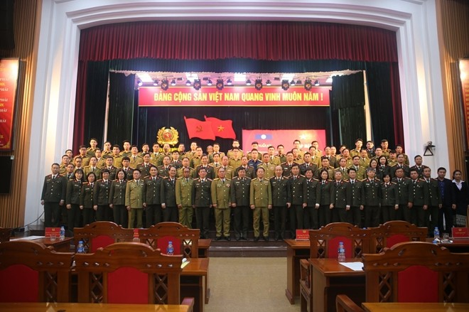 Bàn giao trụ sở cho Cơ quan đại diện Bộ Công an nước Cộng hòa Dân chủ nhân dân Lào tại Việt Nam ảnh 3