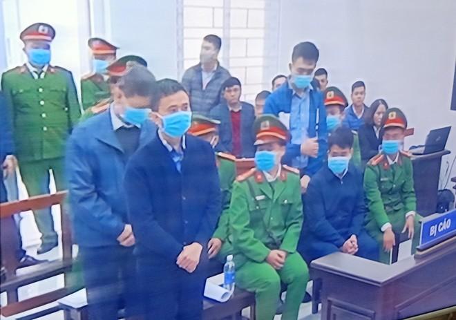 Ông Nguyễn Đức Chung bị tuyên phạt mức án 5 năm tù ảnh 1