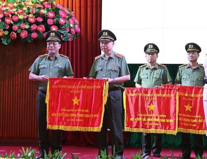 Công an Hà Nội: hoàn thành xuất sắc nhiệm vụ giữ vững an ninh chính trị, trật tự an toàn xã hội ảnh 1