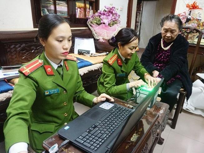 Công an Hà Nội: hoàn thành xuất sắc nhiệm vụ giữ vững an ninh chính trị, trật tự an toàn xã hội ảnh 3