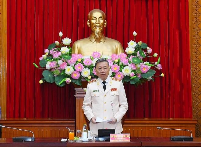 Đoàn đại biểu Đảng bộ Công an Trung ương họp phiên thảo luận đóng góp ý kiến vào Văn kiện Đại hội XIII của Đảng ảnh 2