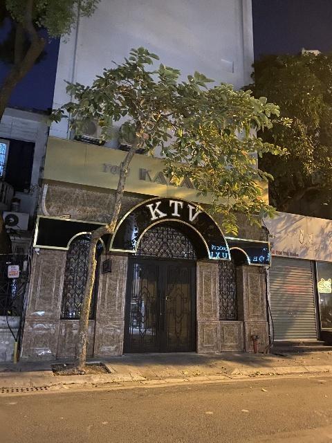 Đêm trắng ngăn ngừa nguy cơ dịch bệnh Covid-19 tại các quán karaoke ảnh 1