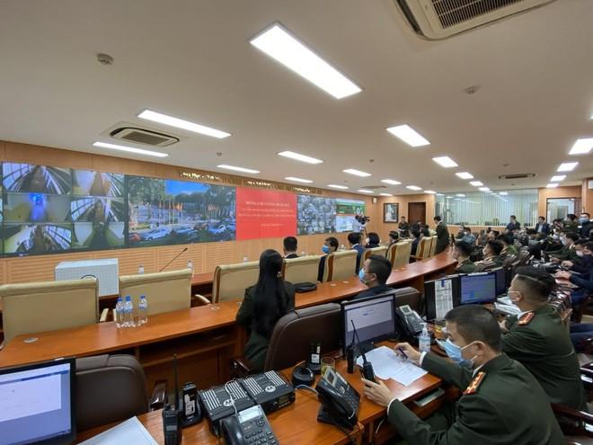 Trung tâm thông tin chỉ huy CATP Hà Nội: Tiếp nhận khoảng 400.000 cuộc gọi phản ánh về tình hình ANTT, cháy nổ ảnh 1