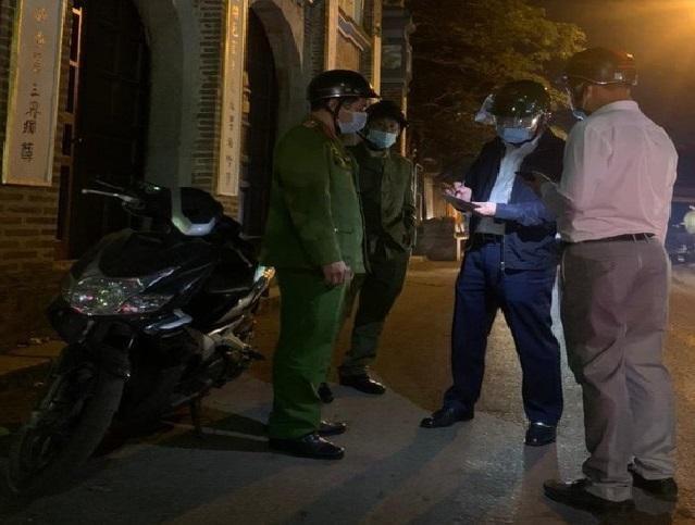 Công an huyện Gia Lâm (Hà Nội ) : Truy 'nóng' đối tượng đốt pháo đêm Giao thừa ảnh 1
